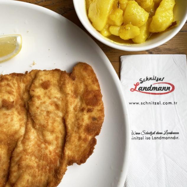 Schnitzel Landmann Suadiye
