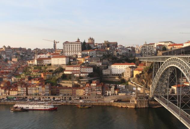 Porto Gezi Rehberi: Hem Ruhu Hem Karnı Doyuran Şehir