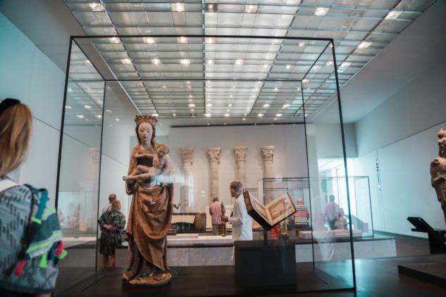 Meryem Heykeli ve Kuran