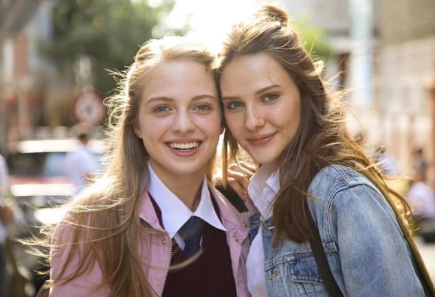 Aşk 101: Netflix'te Türk Yapımı Bir Gençlik Dizisi