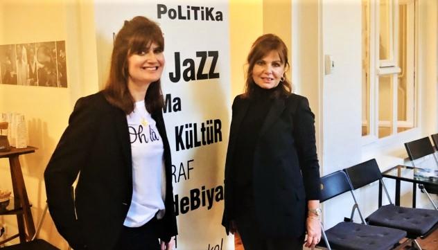 Leyla Baybura ve Melis Kohen |