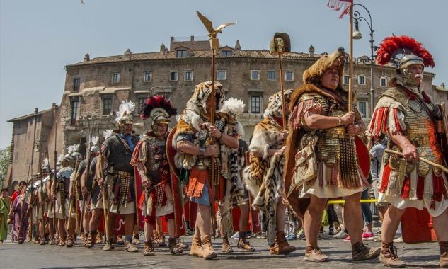 Natale di Roma Kutlamaları
