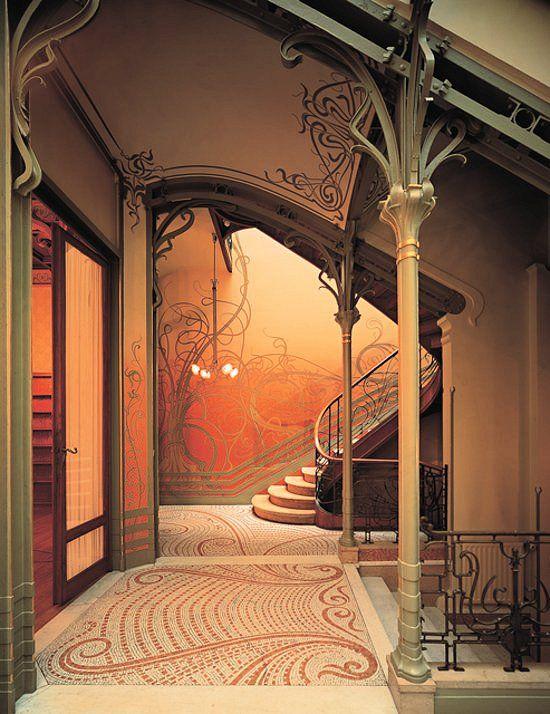 Tassel Evi, Brüksel, Yirmiler Grubu Üyesi Victor Horta'nın eseri