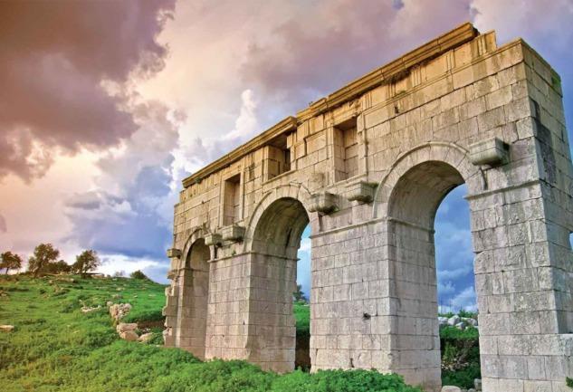 Patara Antik Kenti: Tarihi ve Arkeolojik Bir Hazine