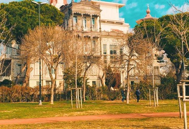 Caddenin Eski Sakinleri: Kalamış'tan Erenköy'e Tarihi Köşkler