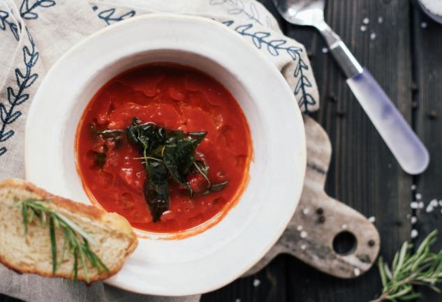 Gazpacho: Soğuk Servis Edilen Bir İspanyol Çorbası