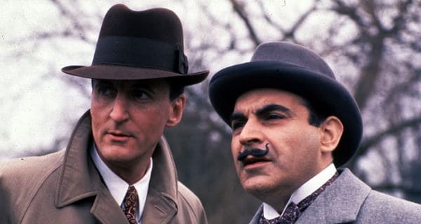 Hercule Poirot ve Arthur Hastings