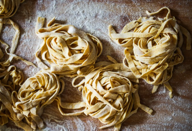 Ev Yapımı Makarna Tarifleri: Mutfağınızdan İtalya'ya Işınlanın!
