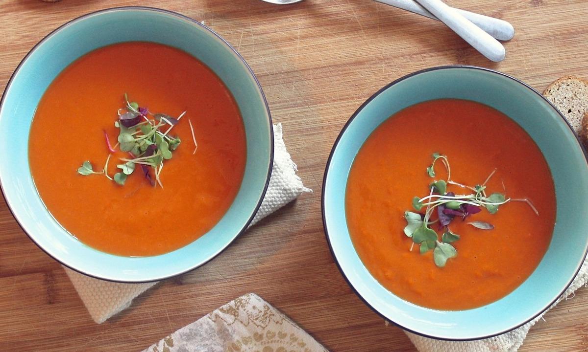 İspanyol gazpacho çorbası