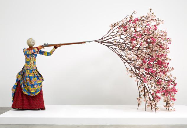 Yinka Shonibare: Global Sorunları Sorgulayan Bir Sanatçı