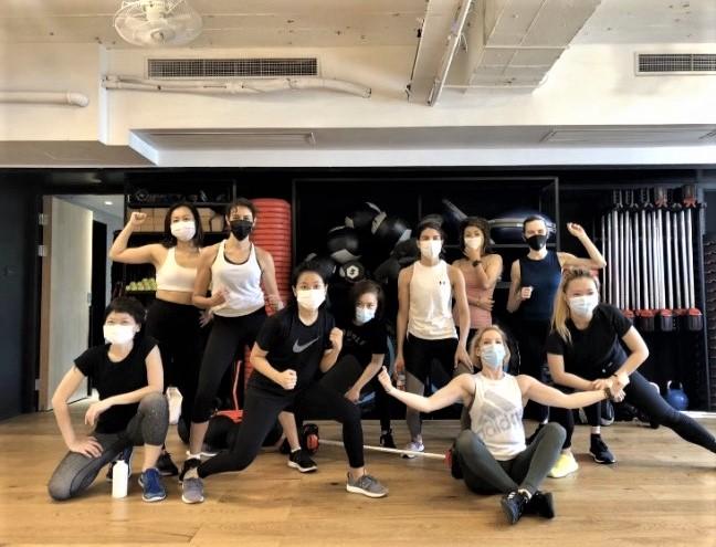 Spor salonlarında 6 Mayıs'a kadar herkes maskeliydi. Sonrasında eski düzene dönüldü.