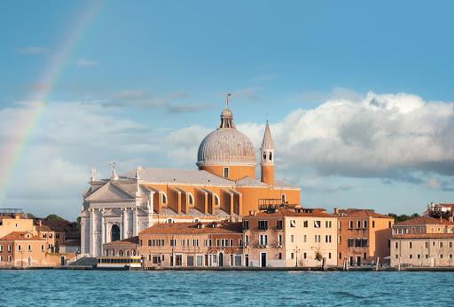 Il Redentore: Venedik'in Şükran Borcu Olarak Yapılan Kilisesi