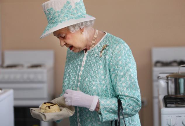 Scone: Kraliçe Elizabeth'in Çay Saatlerinin Favori Yiyeceği