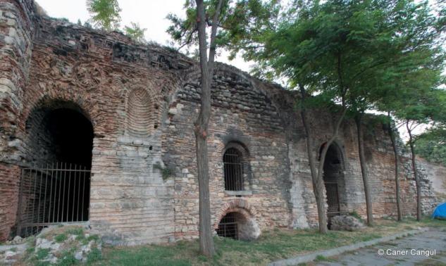 Filantrapos Kilisesi Kalıntıları