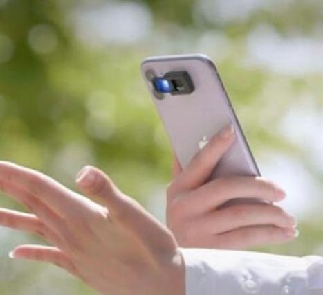 Akıllı Telefonun Flaşı Üzerine Monte Edilen UVLEN, Dezenfektan Görevi Görüyor