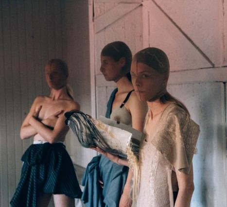 Thorbjørnsen'ın Tasarımları Maskülen ve Feminen Kavramlarını Yıkıyor