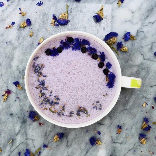 Lavantalı Moon Milk