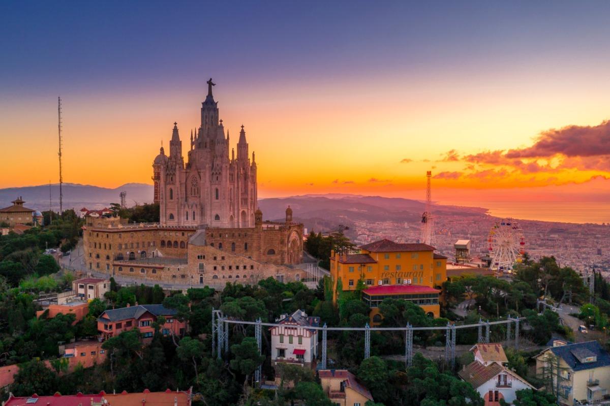 Barcelona Şehir Rehberi