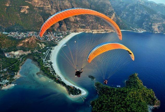 Fethiye'de Yamaç Paraşütü: Ayağınızı Yerden Kesen Deneyim