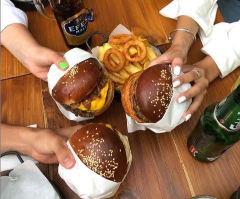 Bonjo Ayvalık: Burgerin Ayvalık'taki Adresi