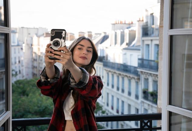 Emily in Paris: Paris'te Bir Amerikalının Hikayesi