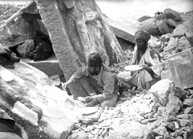 Osman Hamdi Bey Nemrut Kazılarında
