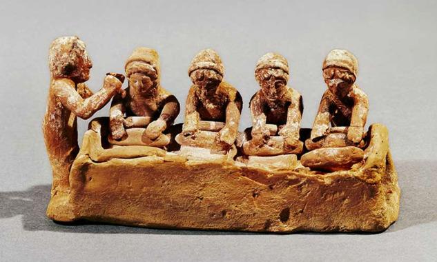 Antik Yunan'da Ekmek Yapan Kadınlar