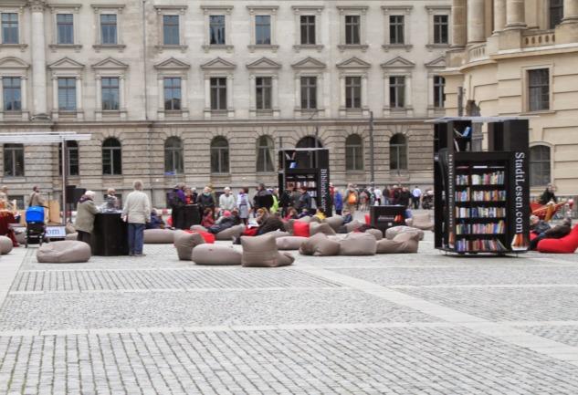 Berlin'i Sevmek için Bir  Neden Daha: Açık Hava Kütüphaneleri
