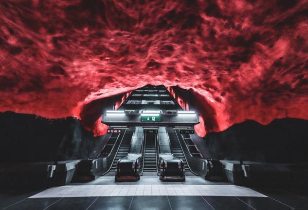 Stockholm Metro İstasyonları: Yer Altında Sanat