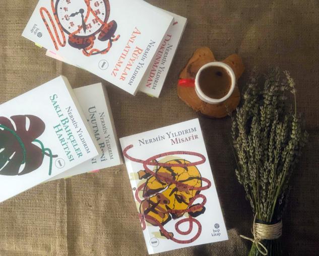 Çağdaş Türk Edebiyatı Kitapları