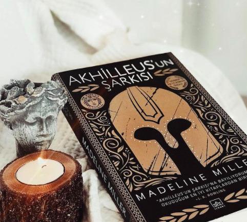 Akhilleus'un Şarkısı: Bir Kahramanlık ve Aşk Hikayesi