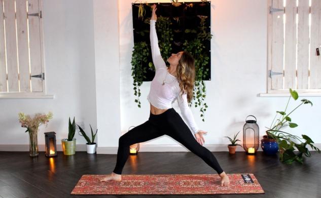 Fotoğraf Altyazısı | Zen Bear Yoga (unsplash.com)