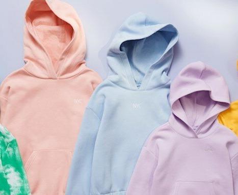 Bottle2fashion: H&M'in Plastik Atıkları Çocuk Kıyafetlerine Dönüştürdüğü Projesi