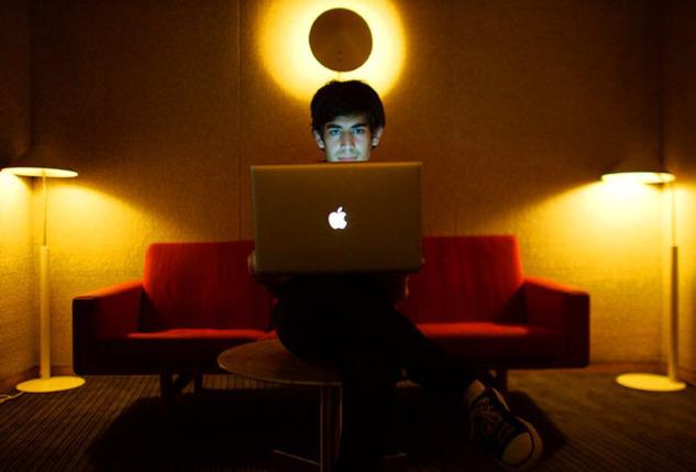 The Internet's Own Boy: Genç Dahi Aaron Swartz'ın Belgeseli