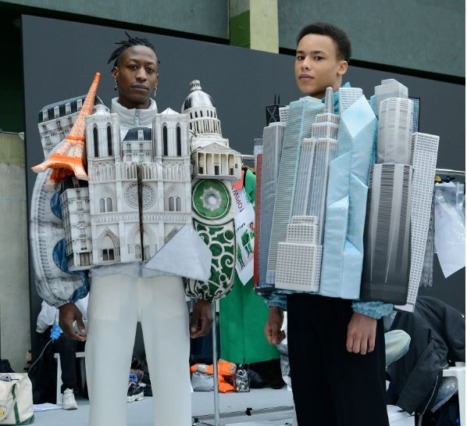 Virgil Abloh ve Louis Vuitton: Kent Simgeleri Kalın Montlara Dönüşüyor
