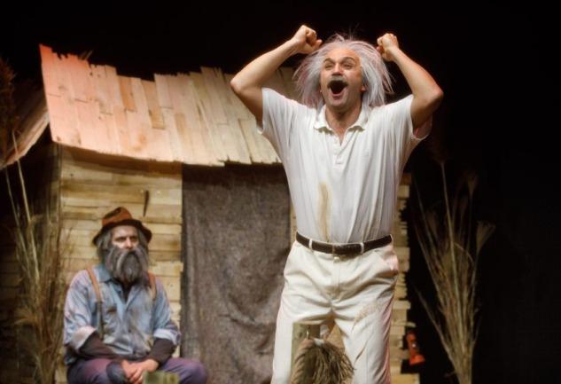 Einstein'ın İhaneti: Tiyatroadam'ın Yeni Sezona Armağanı