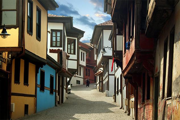 Eskişehir: Peyzajıyla Ünlenen, Ruhu Dinamik Şehir