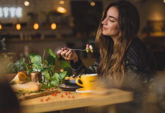 Sezgisel Beslenme: Diyet Karşıtı Bir Beslenme Modeli