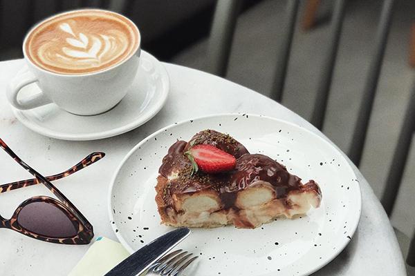 Hound Coffee & Eatery: Çankaya'da Hayvan Dostu Bir Mekan