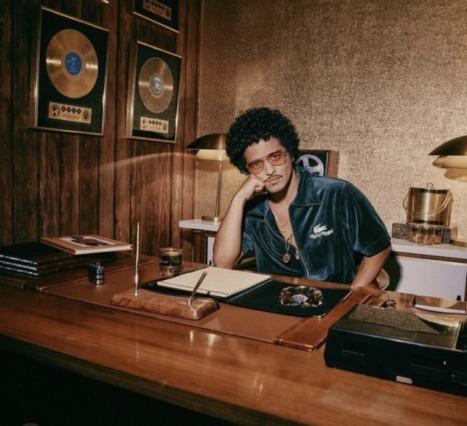 Lacoste ve Bruno Mars İş Birliği: 1970'lere Dönüş