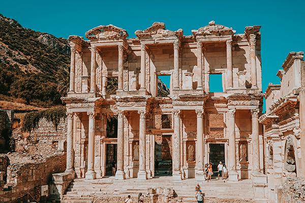 Efes: Antik Kentlerin En Güzeline Seyahat