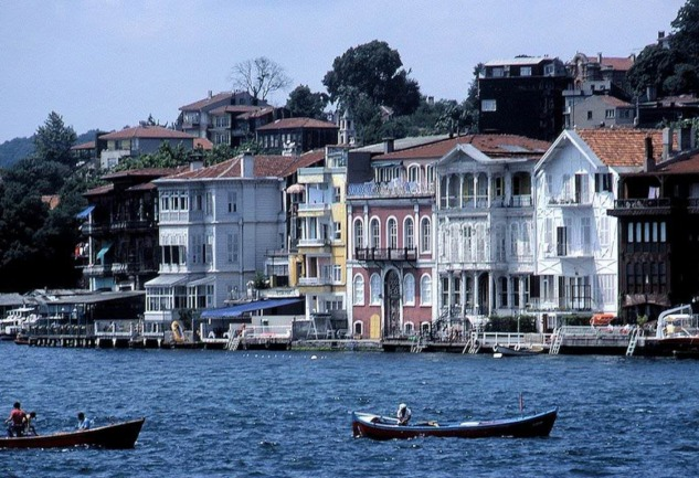 Yeniköy: Adına Şarkılar Yazılan Semt, Bir İstanbul Masalı