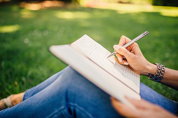 Ajanda: Hayatı Düzende Tutma Geleneği ve Yazmaya Dair