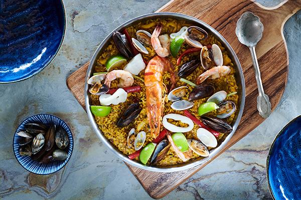 Gastronomi Keşifleri: Deniz Ürünlerinden Ocakbaşı Lezzetlerine