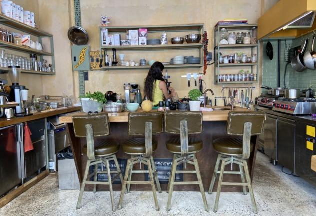 Horse Moda: Açık Mutfağı ve Kahve Seçkisiyle Keyifli Mekan