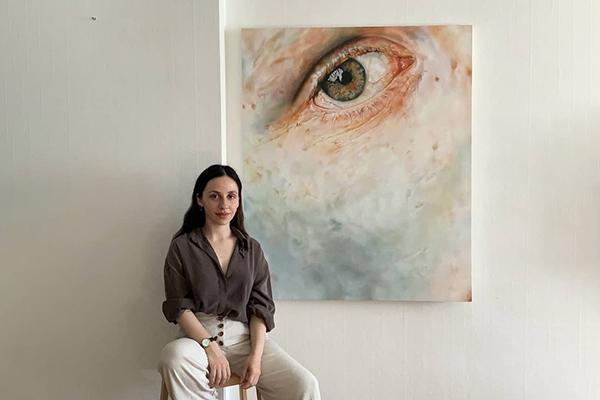 Pelin Çağlar ile: Sanatın Kalıplarını Yıkmak Üzerine