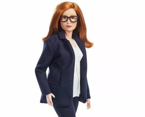 Sarah Gilbert: Oxford-AstraZeneca Aşısının Mucidinin Barbie'si Üretildi