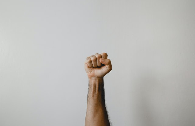 Amy Cuddy - Hayattaki Zorlukları Yenmek İçin Aynaya Bak ve Kendin Ol