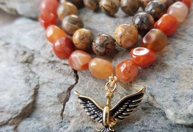 Healing Stones and Sounds: Taşların Şifalı Gücüyle Tanışın!