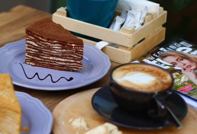 Loccake Cafe & Cakes: Alsancak'da Bir Rus Ekolü